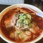 中華そば ぼたん - 辛いワンタン麺