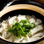 空 - 土鍋ご飯いろいろとあります。 こちらはタイ飯。