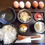 喜三郎農場 - 卵食べ放題の卵かけご飯セット730円(ご飯大盛り+50円)