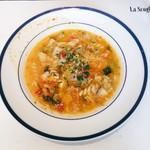 66114147 - Zコースの本日のスープ。たっぷり野菜とチーズのミネストローネ(ショートパスタ入り)