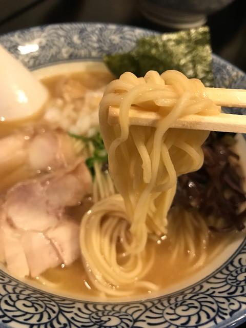 たけいち 渋谷邸 - 細麺。