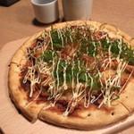 地鶏専門個室居酒屋 官兵衛 - 照り焼きチキンピザ