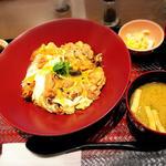 大戸屋 ごはん処 - 炭火焼親子丼
