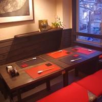 地鳥料理 万徳 別亭 安東 - テーブル席1