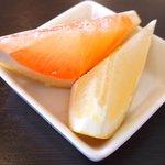 スープカレーと季節野菜ダイニング 彩 - 彩スープカレー&野菜ビュッフェセット 1500円 → 1000円 のフルーツ