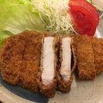 大須食堂 おおもり - 赤身タップリの分厚いロースなんです!