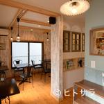 小江戸カントリーファームキッチン - 心和むカントリー調のかわいらしい店内