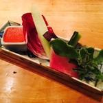 食幹 - 生野菜とトマト味噌