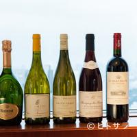 ジランドール - 多彩な要望に応える、バランスのよい多彩なワインを揃える