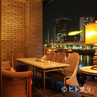 カフェ ムルソー - ライトアップされた景色を眺めながら最高の一時を