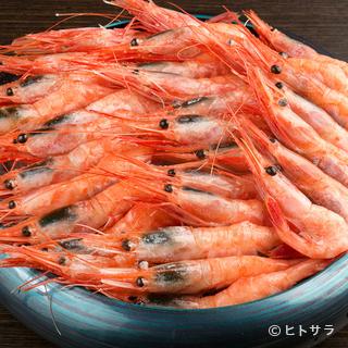 産地から新鮮な魚介類を一括して仕入れるこだわり