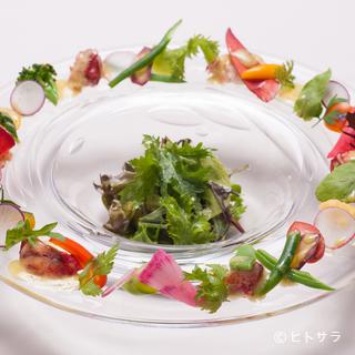地元神戸の食材にこだわり、新鮮なものだけを厳選