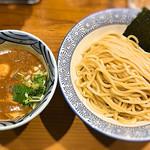道玄坂 マンモス - 濃厚辛つけ麺二倍 普通盛り。 麺はもちもち麺