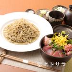 桐生庵 - マグロ専門問屋から直接買い付け、幅広い世代に人気の『ミニマグロ丼セット』