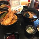 天勢 - 料理写真:天丼(並)¥1300+セットの温かいそば¥300