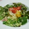 ホープ ケン - 料理写真:季節の野菜サラダ 地中海トマトと冷製フェディリーニ