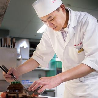 [伝統を重んじる料理長]若林俊二