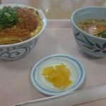 ネイチャーガーデン - 料理写真:カツ丼ミニうどんセット