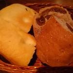 喃喃 - 自家製パン