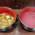 やしま - やしま @西葛西 熱々蕎麦湯も頂いてルチン追加補給完了!