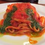 ぴちぴち金魚 - フレッシュトマトとモッツァレラチーズ