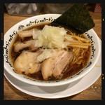 野郎ラーメン - 竹岡式肉醤油そば 900円