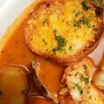 ブラッスリーオザミ丸の内 - チーズラスクとろりんこ