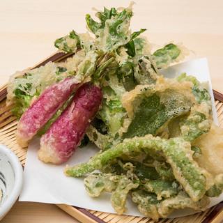 産直鎌倉野菜が味わえる