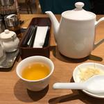 鼎泰豊 - お茶でサッパリ(^O^)