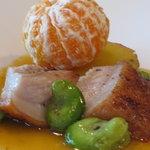 和×フレンチ 松原 - イベリコ豚のグリエ みかんのソース