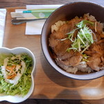 モッコカン カフェ テラス - 料理写真:がっつり(焼豚)丼1,150円