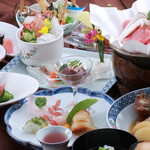 琴弾荘 - 会席料理8000円