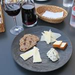66177067 - チーズ盛り合せ