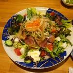 66179012 - 海鮮サラダです
