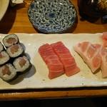 66179013 - まぐろ寿司(セット)です