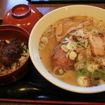 食堂きかく - 半ソースカツ丼+サバだしラーメン@1050円