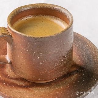 備前焼カップで味わう本格コーヒー