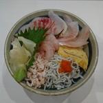 牧原鮮魚店 - 仲買の地魚丼