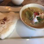 サムロータイレストラン - グリーンカレーランチ