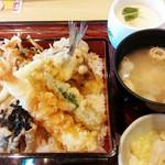 和食レストランとんでん - 料理写真:春の天重 1,280円+税 2017/04