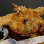 海鮮本陣 魚祭 - ビックリ魚祭天丼