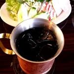 星乃珈琲店 - アイスコーヒー&たっぷり野菜のハムサラダ