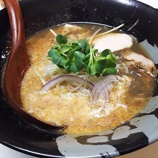 ぼっこ志 - 料理写真:1704_ぼっこ志_焦がし鶏白湯@800円