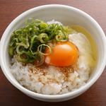 らーめん銀杏 - 奥久慈卵の卵かけ御飯 250円