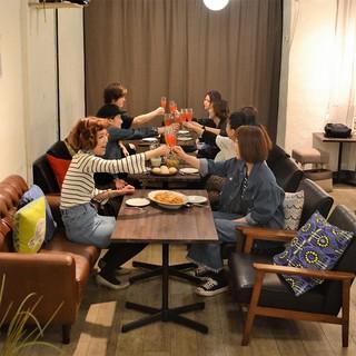ランチ・カフェ・ディナーとたくさんの方に女子会利用頂いてます