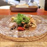SETTE COLLI - 前菜の盛り合わせ ハタのカルパッチョ 人参サラダ 白インゲン豆のサラダ 桜エビのフリッタータ 鶏レバーのクロスティーニ☆