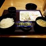 やえす初藤 - 日本の代表的な朝食スタイルです。