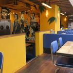Cafe Habana TOKYO - カラフル&エキゾチックなお洒落カフェ2