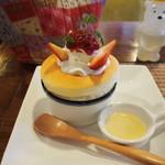 ピーチツリーカフェ - いちごのスフレケーキ