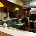 札幌ラーメン こぐま - 女性客が多い